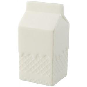Mačkací krabice od mléka Mina