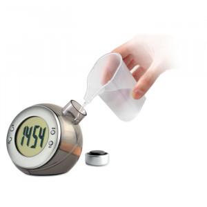 LCD hodiny na vodní pohon